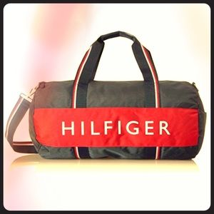 💙Tommy Hilfiger Strapped Nylon Duffle Bag❤️